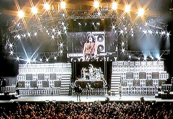 KissRockTheNationLive_stage
