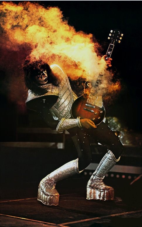 KISS_AceFrehley-live