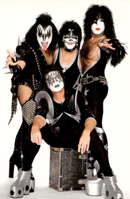 KISS_Symphony-costumes