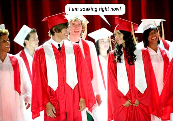 HighSchoolMusical3_caption